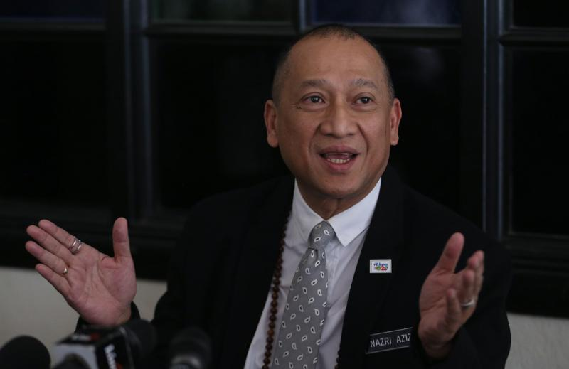 The Padang Renggas MP claimed to have been 'in the dark' over the financial scandals linked to 1MDB and its former subsidiary SRC International Sdn Bhd, as well as the rumours surrounding Rosmah's jewellery.
