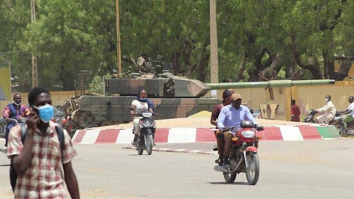 On April 19, 2021, a Russian-made T-55 tank was seen stationed at a roundabout in N'Djamena, Chad.