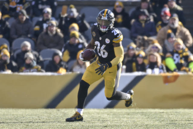 Pittsburgh Steelers running back Le'Veon Bell played 2017 on the franchise tag. (AP)