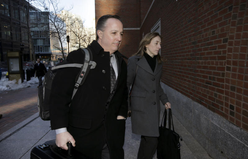 Pharmacy exec tied to deadly meningitis outbreak sentenced to nine years