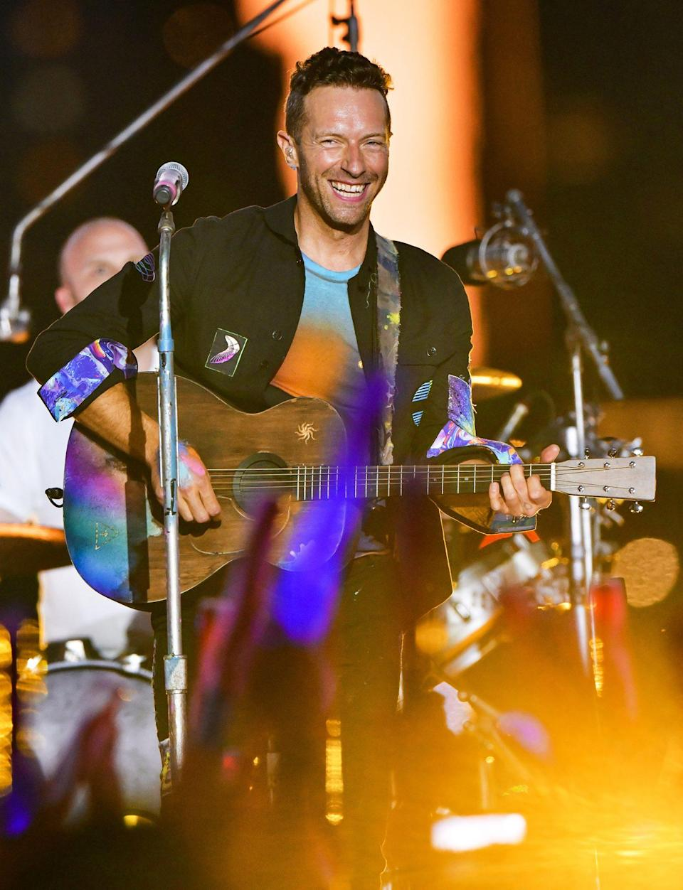 <p>Chris Martin and his Coldplay bandmates tape their segment for the upcoming Macy's 4th of July Spectacular in Queens, New York, on June 17.</p>
