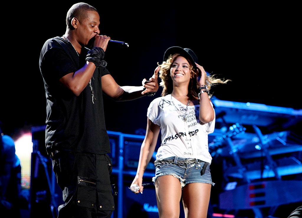 """MediaTakeOut claims Beyonce is going to drop her dad as her manager, and she's going """"to hire her husband Jay-Z and his newly formed management company."""" Read what Beyonce's people say about the switch over at <a href=""""http://www.gossipcop.com/beyonce-knowles-jay-z-jayz-manager-matthew-father-dad/"""" target=""""new"""">Gossip Cop</a>. Dove Shore/<a href=""""http://www.gettyimages.com/"""" target=""""new"""">GettyImages.com</a> - April 16, 2010"""