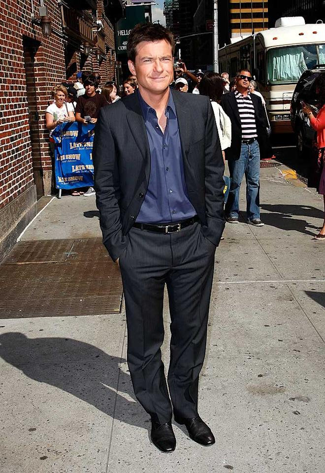 """Jason emerges in a dapper suit after chatting with Dave about his new movie, """"Hancock."""" Jeffrey Ufberg/<a href=""""http://www.wireimage.com"""" target=""""new"""">WireImage.com</a> - June 19, 2008"""