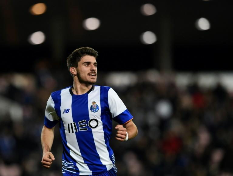 Highly-rated Portugal Under-21 international Ruben Neves signed a five-year contract with Wolverhampton Wanderers' and is reunited with former Porto coach Nuno Espirito Santo