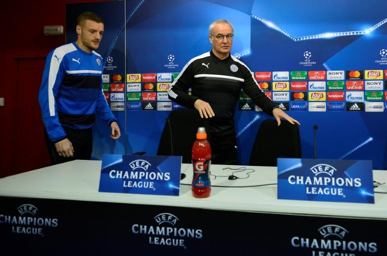Leicester City's manager Claudio Ranieri (R) and forward Jamie Vardy arrive for a press conference at the Ramon Sanchez Pizjuan stadium in Sevilla on February 21, 2017, on the eve of their UEFA Champions League match against Sevilla