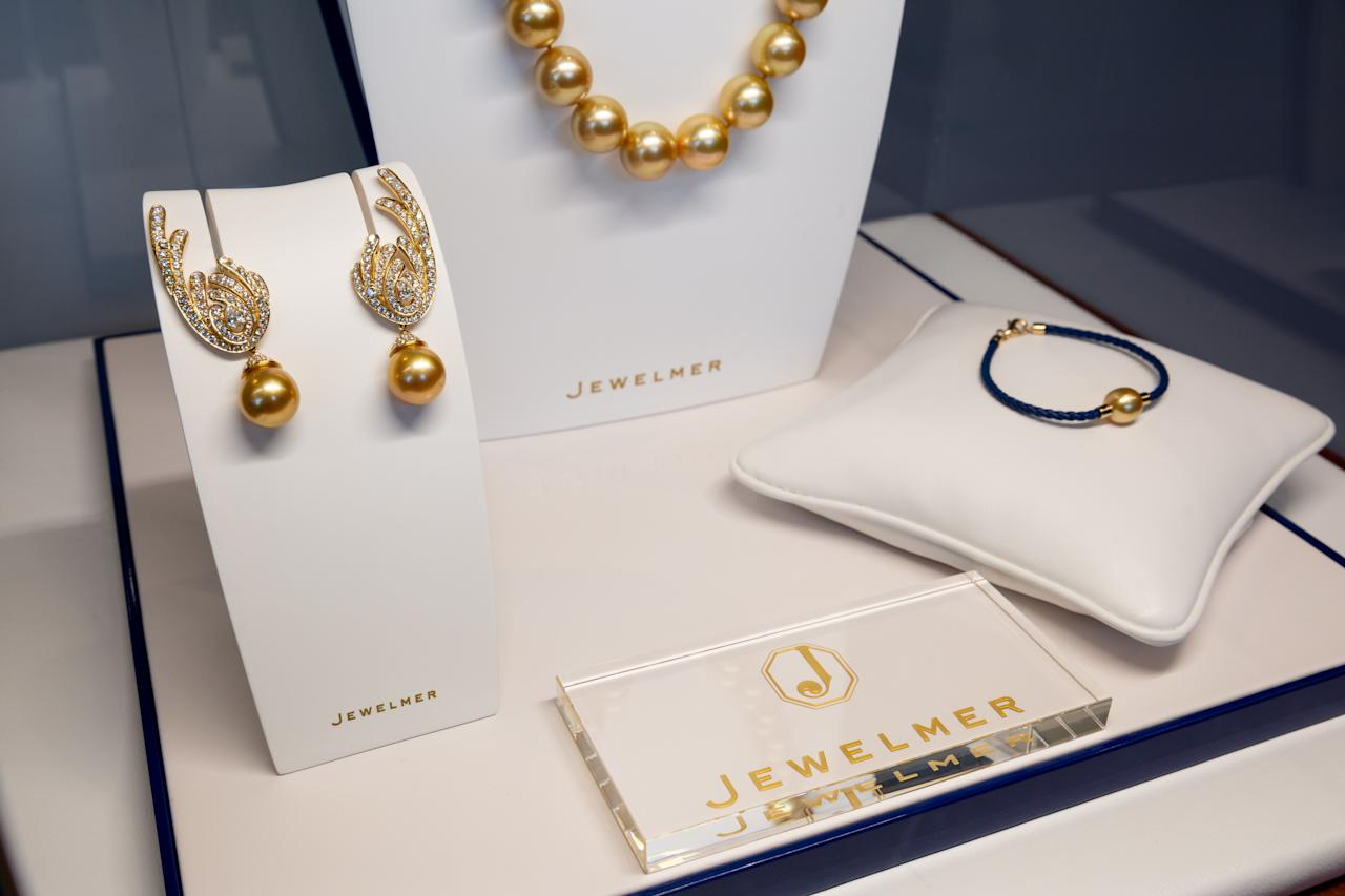 """<p>Following T&C's Philanthropy Series in Palm Beach, <a href=""""https://jewelmer.com/"""" target=""""_blank"""">Jewelmer</a> and <em>T&C</em> hosted a private luncheon at Florie's at the <a href=""""https://www.fourseasons.com/palmbeach/"""" target=""""_blank"""">Four Seasons Palm Beach</a> for local-area philanthropists, notables, and jewelry enthusiasts. Jewelmer's EVP and Deputy CEO, Jacques Christophe Branellec spoke alongside <em>T&C</em>'s Contributing Jewelry & Watch Editor, Jill Newman, about Jewelmer's history, pearl farming as a sustainable endeavor, and the brand's commitment to protecting the seas and local communities.</p><p>Established in 1979 by Jacques Branellec and Manuel Cojuangco, Jewelmer has grown globally to represent a world of rarity and enduring elegance. Exceptional South Sea pearls are the centerpieces of the celebrated Jewelmer brand.</p><p>Learn more at <a href=""""https://jewelmer.com/"""" target=""""_blank"""">Jewelmer.com</a></p>"""