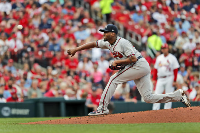 Atlanta Braves starting pitcher Julio Teheran throws during the first inning of a baseball game against the St. Louis Cardinals, Sunday, May 26, 2019, in St. Louis. (AP Photo/Jeff Roberson)