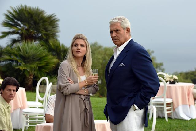 Annaleigh Ashford as Elizabeth Cote and Michael Nouri as Norman Blachford in  <em>The Assassination of Gianni Versace</em>. (Photo: Ray Mickshaw/FX)