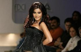 Original 'O Saki Saki' girl Koena Mitra gets six-months jail