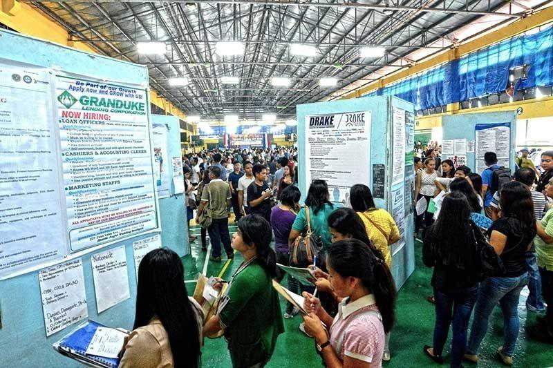 Over 10K gov't jobs up for grabs in Jobstreet, CSC online career fair