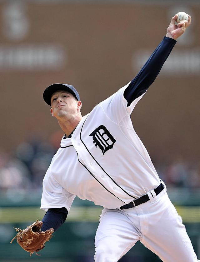 DETROIT, MI - APRIL 22: Drew Smyly #33 of the Detroit Tigers pitches in the first inning during the game against the Texas Rangers at Comerica Park on April 22, 2012 in Detroit, Michigan. (Photo by Leon Halip/Getty Images)