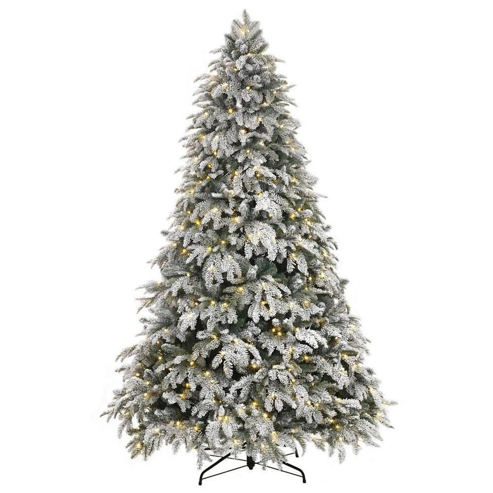 "<p><strong>Home Accents Holiday</strong></p><p>homedepot.com</p><p><strong>$299.00</strong></p><p><a href=""https://go.redirectingat.com?id=74968X1596630&url=https%3A%2F%2Fwww.homedepot.com%2Fp%2FHome-Accents-Holiday-7-5-ft-Pre-Lit-LED-Flocked-Mixed-Pine-Artificial-Christmas-Tree-with-500-Warm-White-Lights-2397120HDC%2F301684566&sref=https%3A%2F%2Fwww.redbookmag.com%2Flife%2Fg34761796%2Fbest-artificial-fake-christmas-trees%2F"" rel=""nofollow noopener"" target=""_blank"" data-ylk=""slk:BUY IT HERE"" class=""link rapid-noclick-resp"">BUY IT HERE</a></p><p>A flocked Christmas tree is one that appears to have artificial snow along the branches. This 7.5 foot masterpiece has added white texture scattered on the branches to bring the outdoors in, turning your living room into a true winter wonderland.</p>"