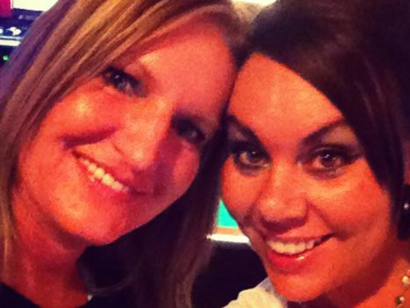 Sara Hankins (right) and best friend Melissa Armstrong (left): Facebook