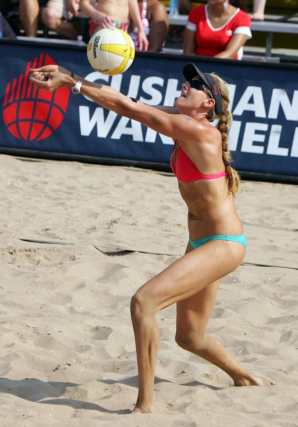 NEW YORK - JULY 19: Kerri Walsh plays the ball during the women's quarter-finals of the AVP Brooklyn Open against Jennifer Boss and April Ross on July 19, 2008 at Coney Island in the Brooklyn borough of New York City. (Photo by Jim McIsaac/Getty Images)