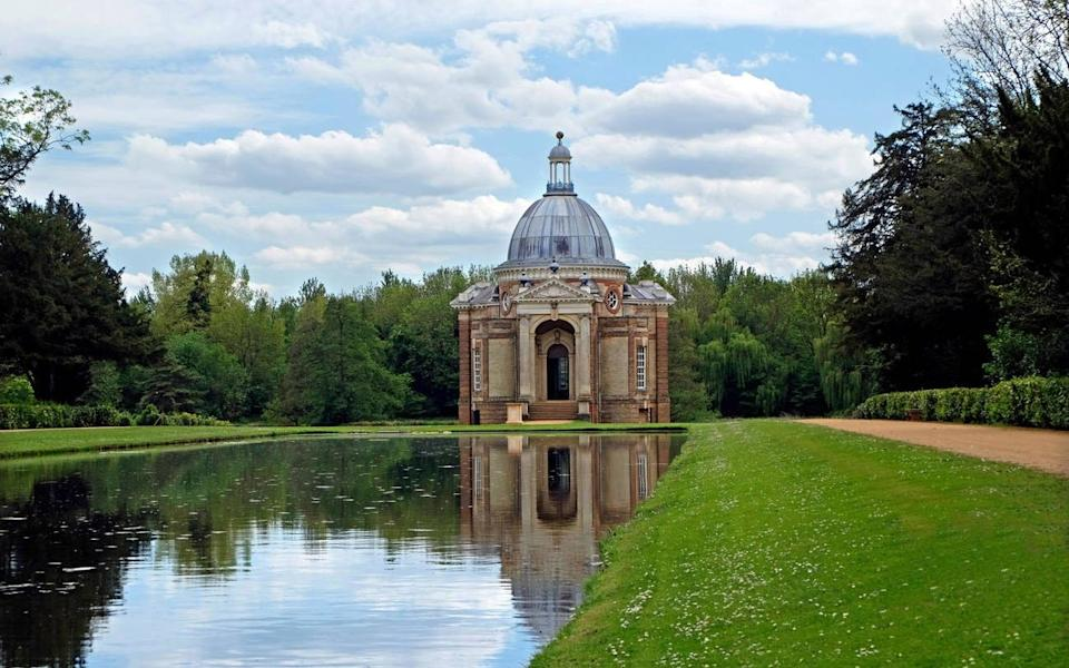 The Pavilion at Wrest Park and Gardens at Silsoe, Luton - Paul Bevitt