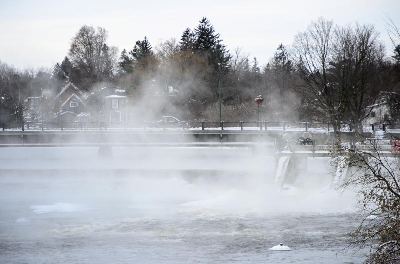Steam comes off the Mississippi River in Carleton Place, Ontario on Monday, Jan. 21, 2019. (Sean Kilpatrick/The Canadian Press via AP)
