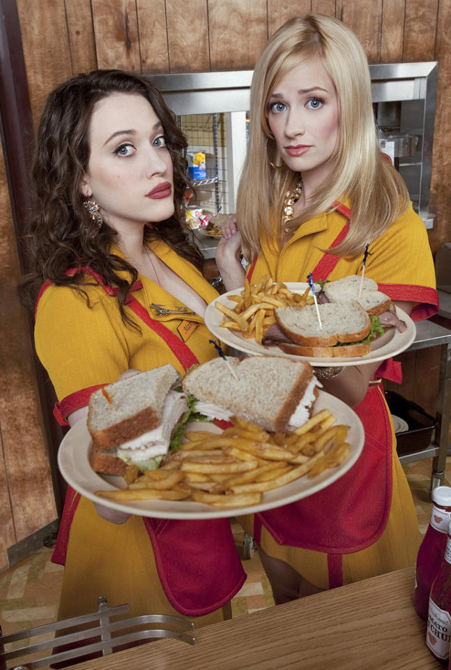 "<b>""2 Broke Girls"" (CBS)</b>"