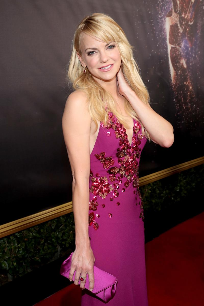 Anna Faris walks the red carpet during the 69th Annual Primetime Emmy Awards.