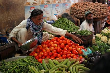 Pakistan August inflation accelerates to 10.49%: statistics office