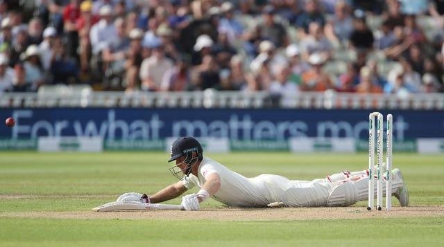 Joe Root's run out capped a poor start for England