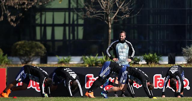 Football Soccer - Argentina's national soccer team training - World Cup 2018 - Buenos Aires, Argentina - May 24, 2018 - Gonzalo Higuain of Argentina during a training session. REUTERS/Agustin Marcarian