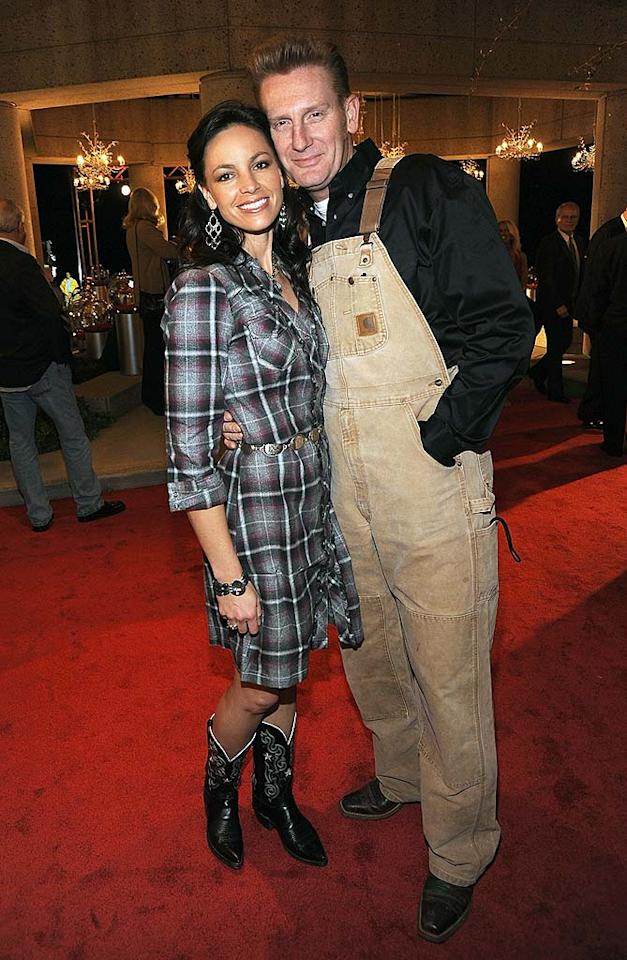 """Joey Martin Feek and her singer-songwriter hubby Rory Lee actually wore these outrageously ugly outfits ... in public ... to a star-studded awards show. Yeehaw or faux pas? Rick Diamond/<a href=""""http://www.gettyimages.com/"""" target=""""new"""">GettyImages.com</a> - November 10, 2009"""