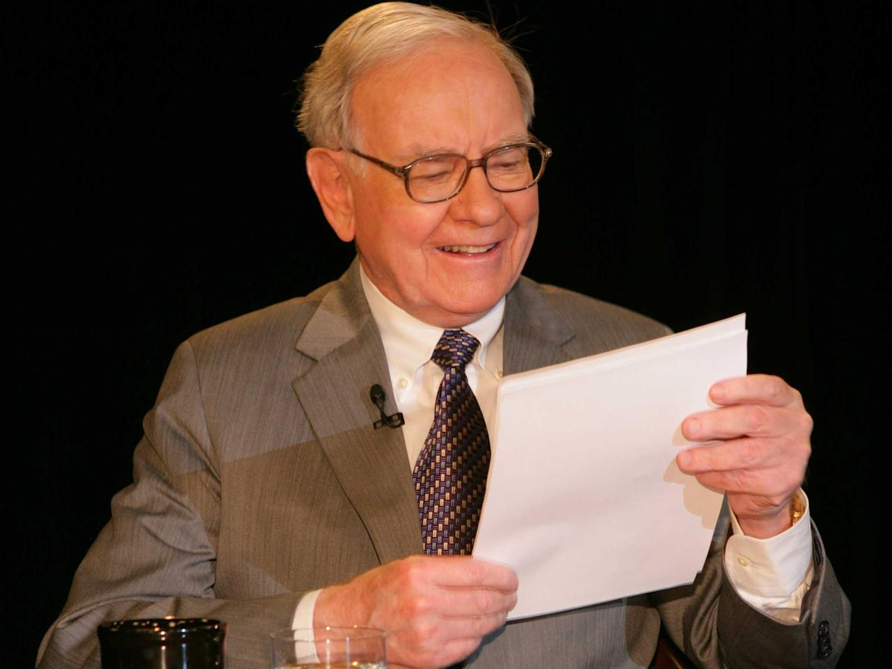 In 1988, Warren Buffett gave the blueprint for trading a weird thing happening right now