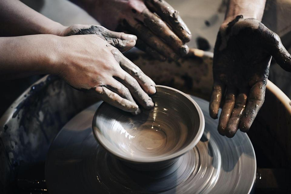 <p>Spring can be a great time to take up a new hobby or try a class that makes social distancing relatively easy. Whether you want to try it out on your own, for date night, or bring the kids along, learning about pottery can be a fun and rewarding experience. </p>