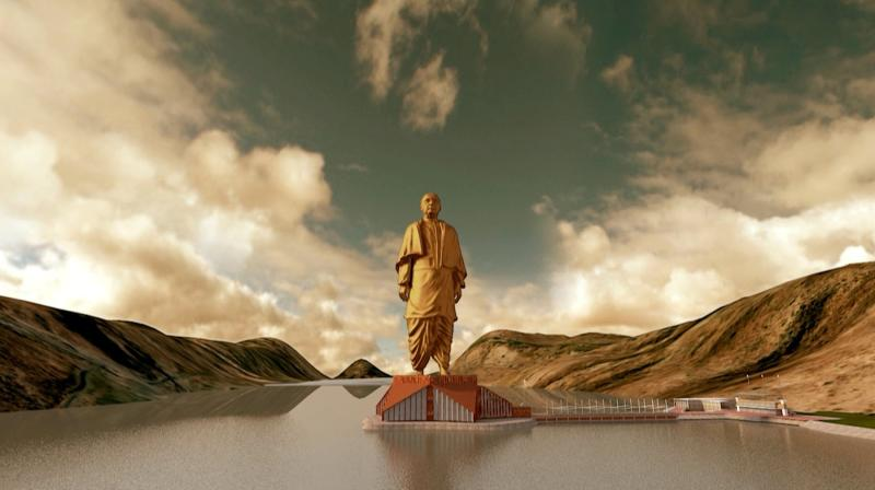 A still image from video shows an artist's rendering of a statue of Sardar Vallabhbhai Patel, to be constructed in the western Indian state of Gujarat, in this handout provided by Information Department Gujarat State October 31, 2013. Indian opposition leader Narendra Modi is building the world's tallest statue at a cost of almost $340 million in honour of one of the country's founding fathers, a project he is using to undermine his chief rivals, the Gandhi-Nehru political dynasty. The statue of Patel, who was first Prime Minister Jawaharlal Nehru's deputy and his interior minister but often at odds with him, is to be built on a river island in Gujarat, the home state of both Patel and Modi. REUTERS/Information Department Gujarat State/Handout via Reuters (INDIA - Tags: POLITICS TPX IMAGES OF THE DAY) NO SALES. NO ARCHIVES. FOR EDITORIAL USE ONLY. NOT FOR SALE FOR MARKETING OR ADVERTISING CAMPAIGNS. THIS IMAGE HAS BEEN SUPPLIED BY A THIRD PARTY. IT IS DISTRIBUTED, EXACTLY AS RECEIVED BY REUTERS, AS A SERVICE TO CLIENTS