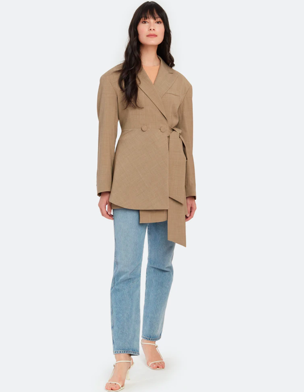 "Structured shoulders? Check. Butter-adjacent? Check. All rounded out with a nice dose of asymmetry. $312, Verishop. <a href=""https://www.verishop.com/studio-daari/coats-jackets-blazers/wool-blend-asymmetric-jacket/p4328577335319"" rel=""nofollow noopener"" target=""_blank"" data-ylk=""slk:Get it now!"" class=""link rapid-noclick-resp"">Get it now!</a>"
