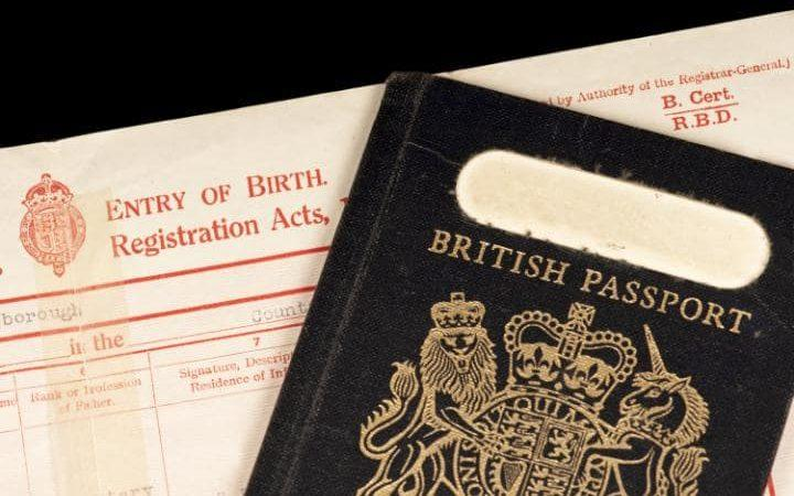 The old blue passport began being phased out in 1988 - HABARI - FOTOLIA