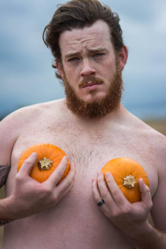 <p>Taking a creative spin on the classic boudoir photoshoot, Gayla Thompson of GT Photography and her husband Ryan committed to a 'dudeoir' shoot with pumpkins, squash… <em>(Photo: GT Photography/Facebook)</em> </p>