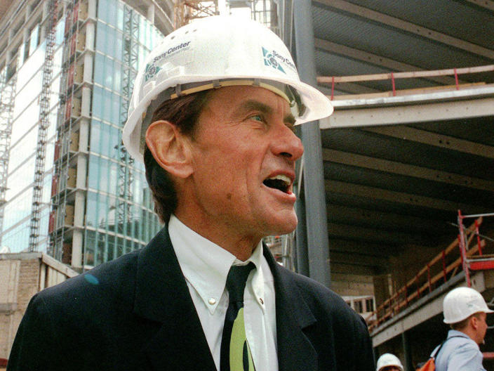 Architect Helmut Jahn tours a construction site in Berlin in this July 15, 1998 file photo. / Credit: Jockel Finck/AP