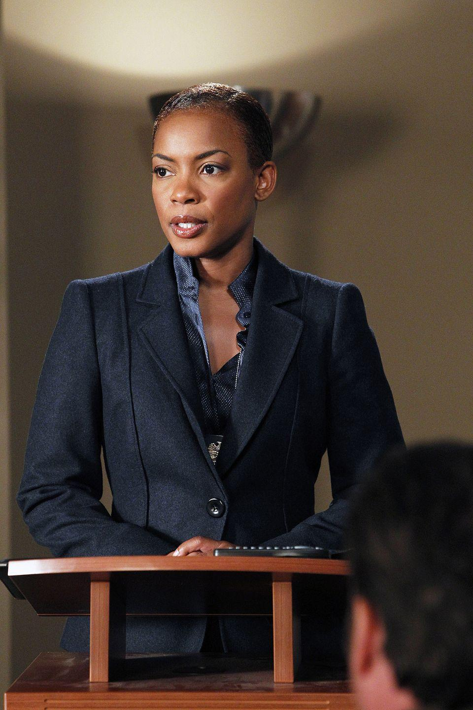 <p>Ellis made her professional acting debut in 1995 in a Broadway revival of William Shakespeare's <em>The Tempest</em> and starred in several other plays. You might also recognize her from <em>Men of Honor</em>, <em>Ray</em>, and <em>The Taking of Pelham 123</em>.</p>