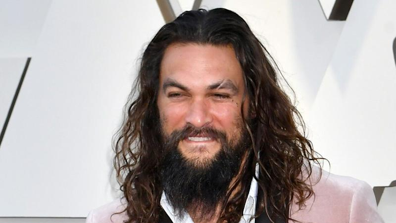 Jason Momoa Lets a Bear Eat an Oreo From His Mouth: 'The Things We Do For Art'
