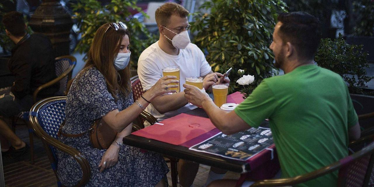 Going Out To Eat During The COVID-19 Pandemic Will Never ...