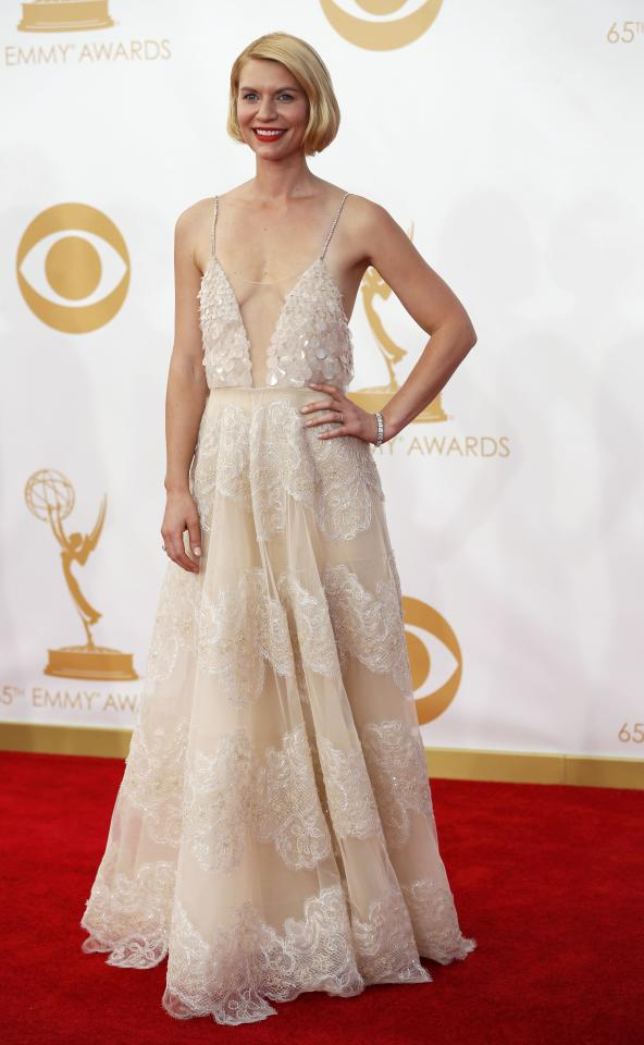 """Actress Claire Danes from Showtime's series """"Homeland"""" arrives at the 65th Primetime Emmy Awards in Los Angeles September 22, 2013. REUTERS/Mario Anzuoni (UNITED STATES Tags: ENTERTAINMENT) (EMMYS-ARRIVALS)"""