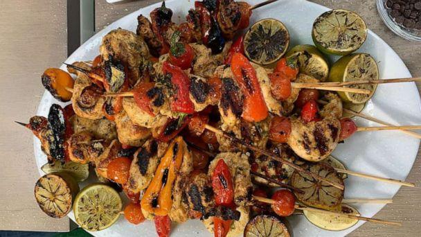 PHOTO: Celebrity chef Rocco DiSpirito's curried basil chicken and cherry tomato skewers. (ABC)
