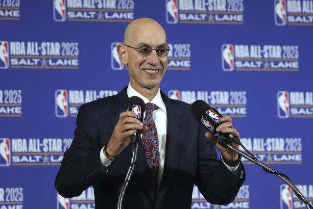 The NBA is considering offering a $1 million per player prize to the winners of a potential in-season tournament. (AP/Rick Bowmer)