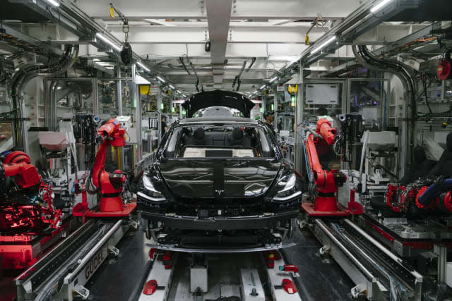 FREMONT, CA - JULY 26: A Tesla Model 3 is seen in the general assembly line at the Tesla factory in Fremont, California, on Thursday, July 26, 2018. (Photo by Mason Trinca for The Washington Post via Getty Images)