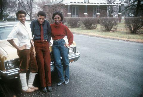 <p>Blue and red color blocking was 100% a thing back in 1980. As were mom jeans and leg warmers, in case you couldn't tell.</p>