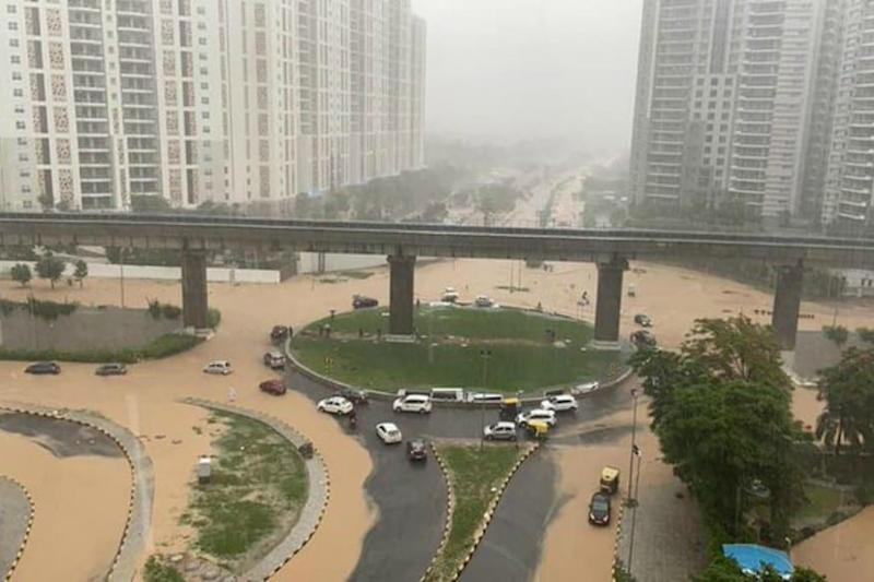 Floods in Delhi as South Asia Monsoon Toll Rises to Nearly 1,300