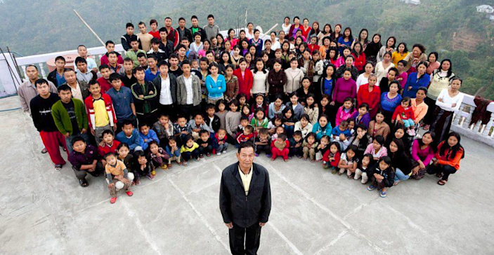 Ziona Chana from India's northern state of Mizoram, who headed the 'world's largest family' with 38 wives and 89 children (Getty)