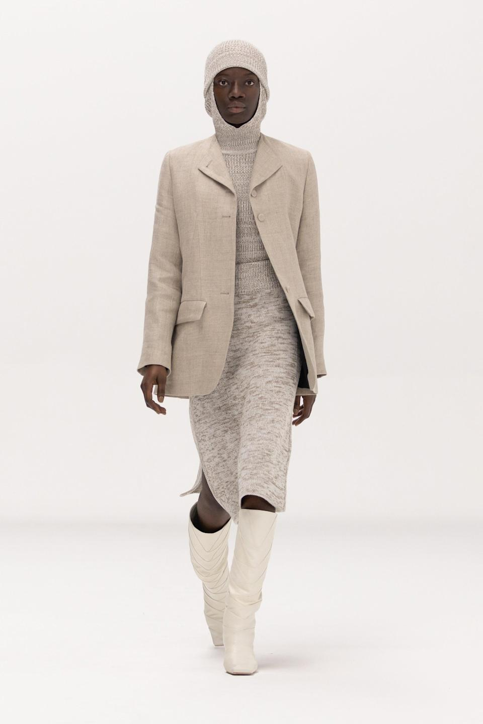 """<h2>Tranquil Fashion</h2><br>While the maximalist aesthetic is currently trending, designers at Bevza, The Row, and Rosetta Getty envisioned a more tranquil wardrobe of essentials for fall. The result? Soft, cozy fabrics — in the form of knit hoods, sweater dresses, and coats — in visually calming, monochrome color palettes — from cool grays to warm oatmeals. <br><br><em>Bevza</em><span class=""""copyright"""">Photo: Courtesy of Bevza.</span>"""