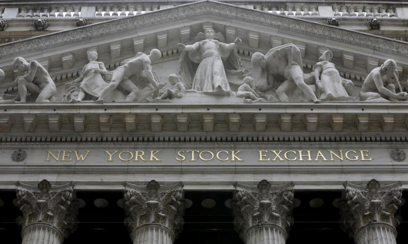 Global stocks mostly rise on hopes for higher US rates