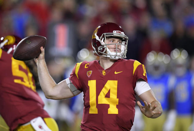 "Southern California quarterback <a class=""link rapid-noclick-resp"" href=""/ncaaf/players/255254/"" data-ylk=""slk:Sam Darnold"">Sam Darnold</a> is projected to be a top-10 pick next April. (AP)"