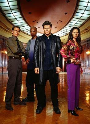 Alexis Denisof, J. August Richards, David Boreanaz and Charisma Carpenter in WB's Angel