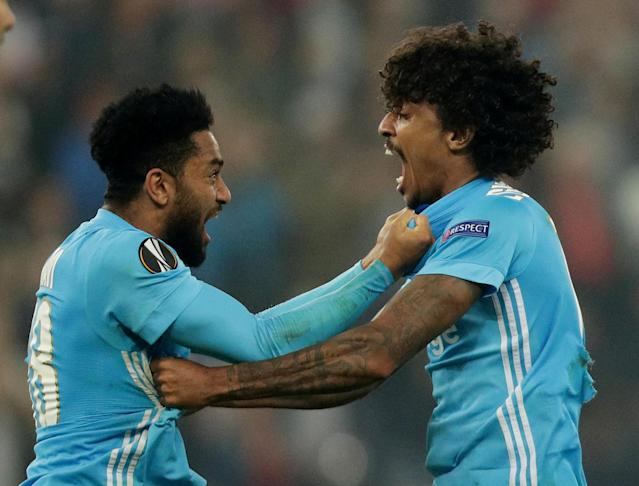 Soccer Football - Europa League Semi Final Second Leg - RB Salzburg v Olympique de Marseille - Red Bull Arena, Salzburg, Austria - May 3, 2018 Marseille's Jordan Amavi and Luiz Gustavo celebrate after the match REUTERS/Lisi Niesner TPX IMAGES OF THE DAY