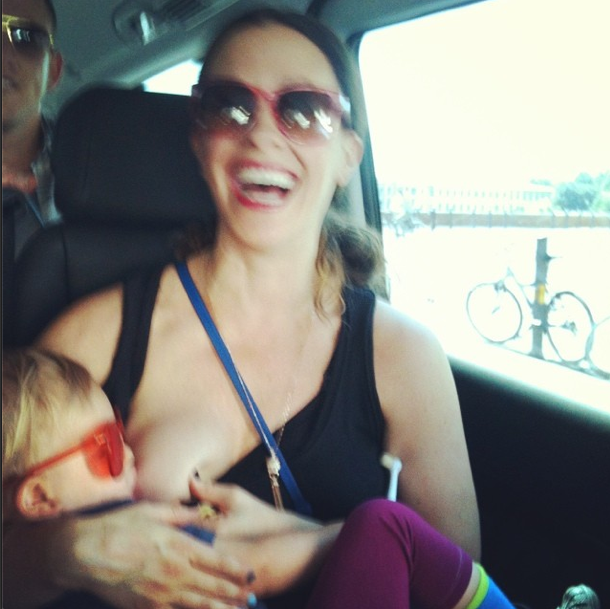 <p>To support this year's World Breastfeeding Week, Alanis Morissette posted a throwback picture of her feeding her son Ever.<i> [Alanis Morissette/Instagram]</i> </p>