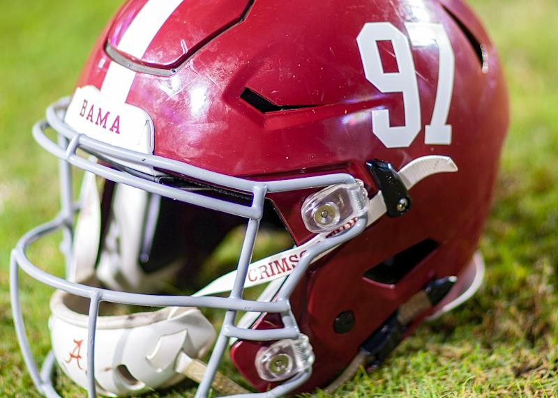 Alabama loses top freshman RB Trey Sanders for season, report says